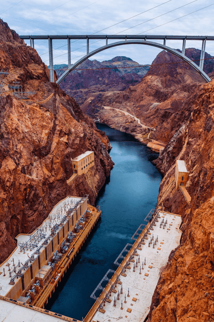 engineering of a bridge above the grand canyon